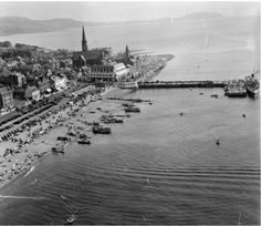 Largs seafront from the air 1955 Arran, Seaside Towns, Glasgow, Colorful Backgrounds, Paris Skyline, Scotland, Environment, Memories, Street