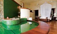 luxury hotel bathrooms
