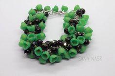 Ornament Wreath, Ornaments, Boutique Etsy, Wreaths, Bracelets, Earrings, Jewelry, Green Flowers, Handmade
