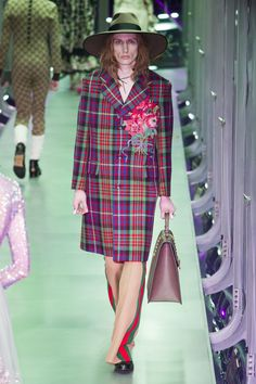 Gucci Fall 2017 Ready-to-Wear by Alessandro Michele