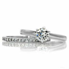 Gabriella's Petite Wedding Ring Set - Id want this in white gold or rose good n And if I go this simple route, a princess cut; Wedding Rings Simple, Silver Wedding Rings, Simple Rings, Ring Set, Ring Verlobung, Yves Saint Laurent, Tungsten Wedding Bands, Dream Ring, Marie