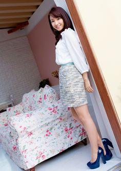 Stunning Women, Beautiful Asian Women, Beautiful Legs, Cute Asian Girls, Cute Girls, Pretty Asian, Beauty Photos, Asian Fashion, Asian Woman
