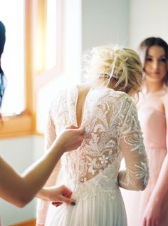 The prettiest embellished lace long sleeve gown: http://www.stylemepretty.com/oregon-weddings/west-linn/2016/06/22/this-black-tie-wedding-is-filled-with-every-trend-youll-see-this-wedding-season/ | Photography: Linnea Paulina - http://linneapaulina.com/