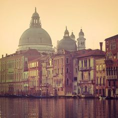 When the morning comes | Venice, Italy