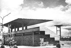 """Graderías, en la Unidad Deportiva """"Presidente Adolfo López Mateos"""", Guadalara, Jalisco, México 1962 Arq. Alejandro Zohn Grandstand at the President Adolfo Lopez Mateos Sports Center, Guadalajara, Jalisco, Mexico 1962"""