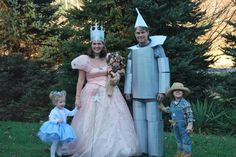 one day i hope i have a little family that can be the characters from the wizard of oz!