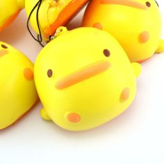 1PC-7-5cm-Soft-Yellow-Duck-Squishy-Kawaii-Buns-Bread-Charms-Key-Bag-Phone-Straps