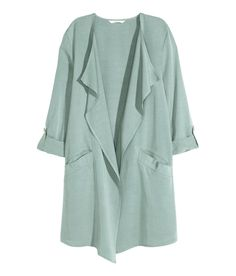 Long jacket in a soft Tencel® lyocell blend with draped lapels, front pockets, and long sleeves. | H&M Pastels