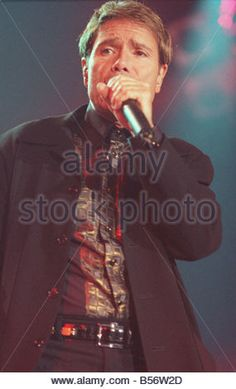 Sir Cliff Richard In Concert King s Hall Belfast June 1999 Sir Cliff richard the Peter Pan of pop music treated - Stock Photo