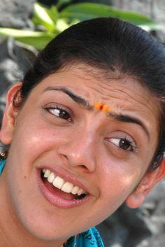 Beautiful Girl Indian, Most Beautiful Indian Actress, Beautiful Women, Indian Natural Beauty, Indian Beauty Saree, Actress Without Makeup, Indian Face, South Indian Actress Hot, Jacqueline Fernandez