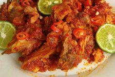 siang-siang itu panas enak nya makan yang pedas-pedas yah seperti Resep Masakan Ayam Sambal Jerit
