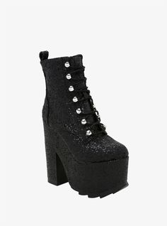 When it doubt, wear glitter // Night Terror By YRU Black Glitter Platform Boots Platform Boots Outfit, Black Platform Boots, Black Shoes, All Black Sneakers, Shoe Boots, Platform Shoes, Funky Shoes, Cute Shoes, Me Too Shoes