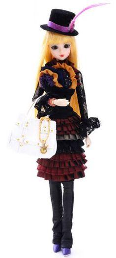 Japanese doll swivel J-doll Rue de Belleville