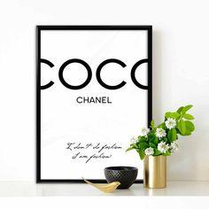 Coco Chanel I don't do fashion I am fashion door TypoArtQuotes