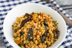 Kaszotto z grzybami - Superfood po polsku Risotto, Diet Recipes, Grains, Rice, Vegetables, Ethnic Recipes, Food, Essen, Vegetable Recipes