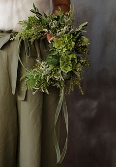 Dried Flower Wreaths, Dried Flowers, Tree Decorations, Christmas Decorations, Paper Mulberry, Scandi Christmas, Green Wreath, Xmas Wreaths, Christmas Inspiration