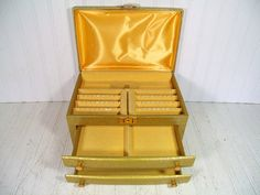 Vintage Gold Damask Patterned Padded Buxton Jewelry Chest - Retro Display Case with Original Key - HollyWood Regency Oversized Storage Box $56.00 by DivineOrders