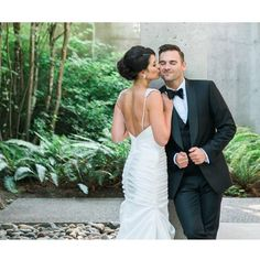 great vancouver wedding Stealing a kiss. One of my fav shots by @blushwedphotos from A+J's gorgeous wedding. Makeup & hair by principal stylist Danielle. #alldolledupmakeupandhair #ido #luxurybridal #luxuryweddings #mobilebeautyteam #makeupartist #hairstylist #stylishbride #vancouverbride by @alldolledupstudio  #vancouverwedding #vancouverweddingmakeup #vancouverwedding
