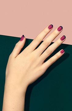 If you're not a fan of tacky fake nails or if you love unusual nail art design but you're somehow busy or lazy to do an hour manicure treatment, here's a solution! These stunning minimalist nails will assure you that less is more. French Nail Designs, Short Nail Designs, Fall Nail Designs, Blue Nails, Matte Nails, My Nails, Magenta Nails, Matte Gel, Matte Pink