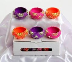 Beautiful Handmade colorful DIYA SET of 6 Pcs. Use them as lighting in party or in any occasion. Kolam Designs, Diwali Designs, Wedding Gift Wrapping, Wedding Gifts, Diwali Candles, Diwali Diy, Diwali Decorations, Indian Festivals, Unique Jewelry