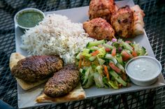 Q's Halal Chicken, Alameda: Good kabobs, great prices. This place is great! Don't miss it.