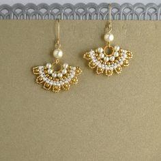 Swarovski pearl bridal earrings, Bridesmaid pearl earrings, Dangle pearl earring, wedding pearl earrings, pearl gold earrings, Fan earrings