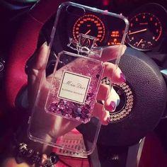 アイフォン6sケース Dior香水瓶流れ砂キラキラiPhone6plus/iPhone7ケース