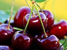 De carácter intenso, persistente, suave y dulce. Nuestro Aroma de cerezas ayuda a neutraliza los malos olores