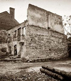 Ruins of houses in Ga. Civil War