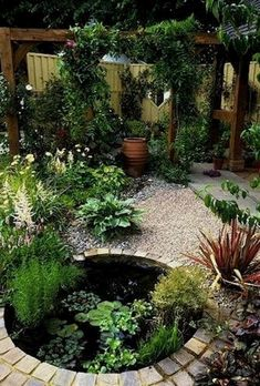 Gorgeous Backyard Ponds and Water Garden Landscaping Ideas (40) #watergarden #LandscapingIdeas