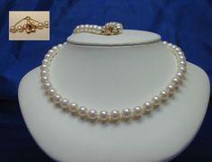 #Collier #perles de culture, 6 mm à 7 mm, crème rosé, 23 pouces, vers 1970, fermoir or jaune 14K, #saphir et #chaîne de sécurité, signé BIRKS Or, Pearl Necklace, Culture, Jewelry, Sapphire, Lobster Clasp, Beads, Necklaces, Bijoux