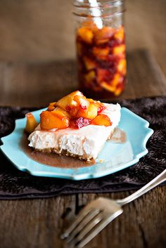 Peaches and Cream No Bake Cheesecake from @dineanddish