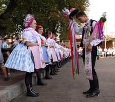 Velkopavlovické kroje jižní morava - Costumes from South Moravia, Czech republic