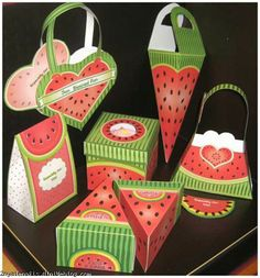 Yalda night gift boxes...this would be so cute for children!!