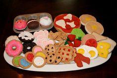 Links for felt food patterns: The Busy Budgeting Mama: Sophia's Felt Food- My…