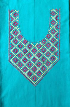Embroidery Neck Designs, Hand Embroidery, Kutch Work Designs, Neck Pattern, Embroidery Techniques, Tapestry, Turquoise, Beads, Patterns