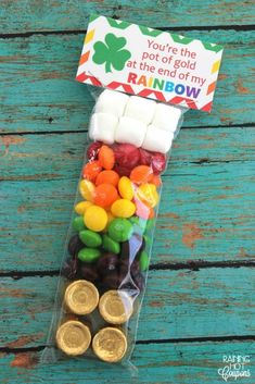 St. Patricks Day Skittles Rainbow Treat Bag (+ FREE Bag Toppers)