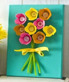 If you need an easy kids' craft idea with great results, this egg carton art is fun and sure to please. Just add Sparkle Mod Podge. art crafts EASY Egg Carton Art on Canvas (for Kids) - Mod Podge Rocks Kids Crafts, Preschool Crafts, Easter Crafts, Holiday Crafts, Crafts To Make, Craft Projects, Craft Ideas, Summer Crafts, Family Crafts
