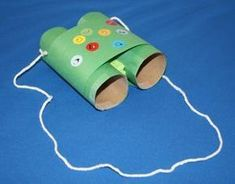 Have a toilet paper roll? Don't toss or recycle. Here are some easy toilet paper roll crafts ideas that you can teach your preschooler or older kid. Kids Crafts, Summer Crafts, Toddler Crafts, Crafts To Do, Preschool Crafts, Arts And Crafts, Easy Crafts, Preschool Books, Binocular Craft
