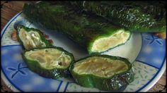Pimientos verdes rellenos de tortilla de patata