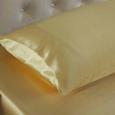 Gold,Seidene Kissenbezüge sind in der Lage, Falten und Haarproblemen vorzubeugen, denn 100%ige #Maulbeerseide ist reich an Protein, um den Kreislauf der Hautzellen zu fördern. Wir bieten Ihnen die #besten, #weichsten, #sanftesten Kissenbezüge aus Maulbeerseide, um Ihnen jede Nacht einen angenehmen Schlaf zu ermöglichen. Von https://www.oosilk.com/de/19mm-silk-pillowcase-housewife-c.html