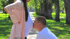 DIY MATERNITY PHOTO SHOOT, Diy maternity, Diy photo shoot, Diy fall photo shoot, Diy fall maternity photo shoot, pregnancy photo shoot