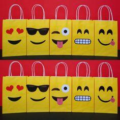 Instant Download Emoji Favor Bags DIY by CreativePartyStudio