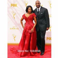 Red Celebrity Dresses 2017 Red Carpet Dresses Sexy V Neck Cap Sleeve Applique Crystal Beading A-Line Celebrity Dress