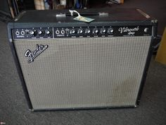 1964 Fender Vibroverb black > Amps & Preamps - Cowtown Guitars