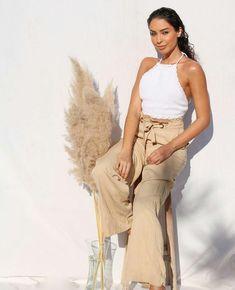 Juliana Louise Capri Pants, Fashion, Moda, Capri Trousers, Fashion Styles, Fashion Illustrations