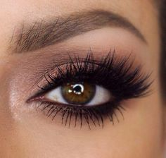 To die for lashes - long, lavish lashes
