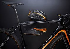 specialized collaborates with McLaren for the carbon fiber S-works tarmac bike Oakley, Mclaren P1, Specialized Road Bikes, Performance Bike, High End Cars, Mc Laren, Bikes For Sale, Bicycle Components, Bike Design