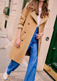 Habitually Chic® » Sézane Fall 2020 Collection Transport Routier, Style Parisienne, Parisian Style, Parisian Fashion, Fashion Week, Teen Fashion, Capsule Wardrobe, Modern, Outfits