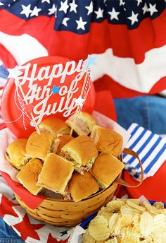 The best ham and cheese sliders to feed a crowd! This recipe is perfect because the little sandwiches also freeze easily and everyone loves them! Snack Recipes, Cooking Recipes, Snacks, Sandwich Recipes, Appetizer Recipes, Dinner Recipes, 4th Of July Party, Fourth Of July, Ham Sliders